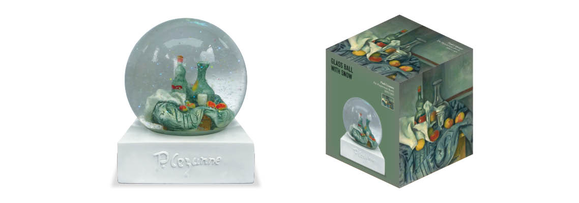 Crystal-customized-snow-globe1.jpg