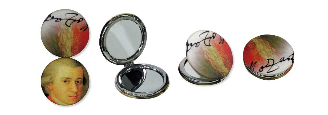 Microfiber_coated_pocket_mirrors3.jpg